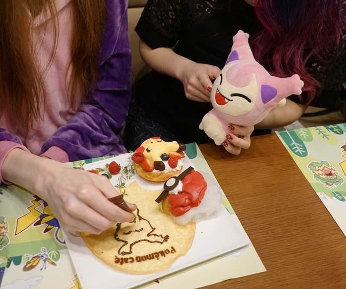 pikachu cake, pokemon desserts