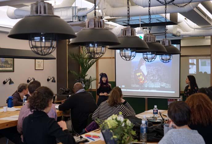 teaching travel writing workshop