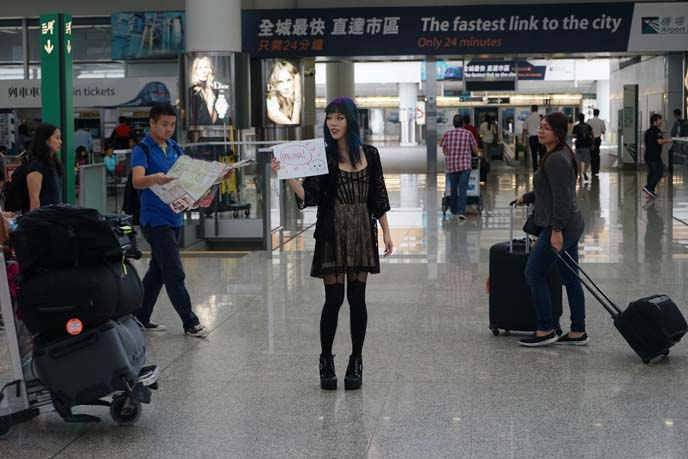 waiting hong kong airport arrivals