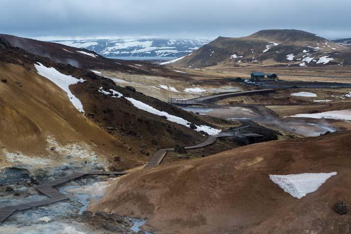 iceland sulphur pools