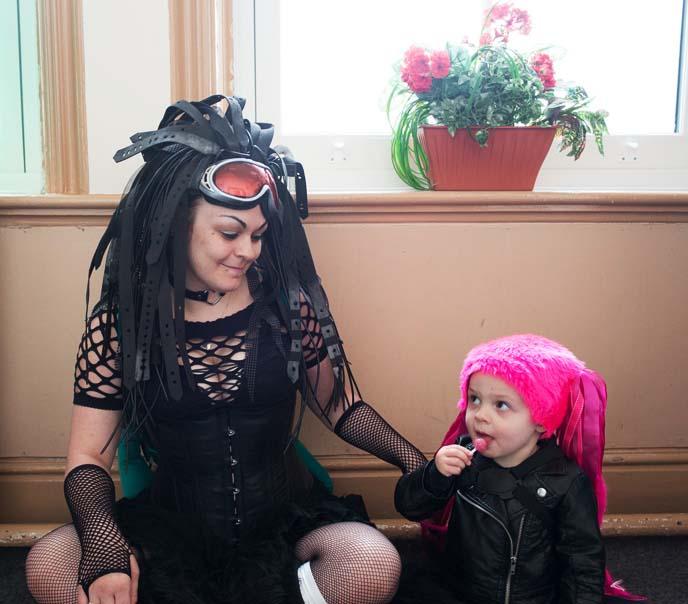 baby goth, gothic kids