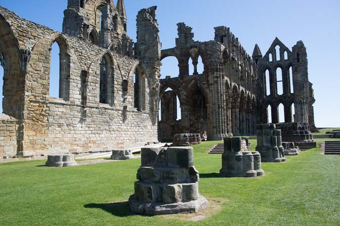 whitby abbey, ruins