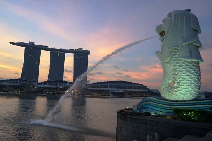 merlion, marina bay sands singapore