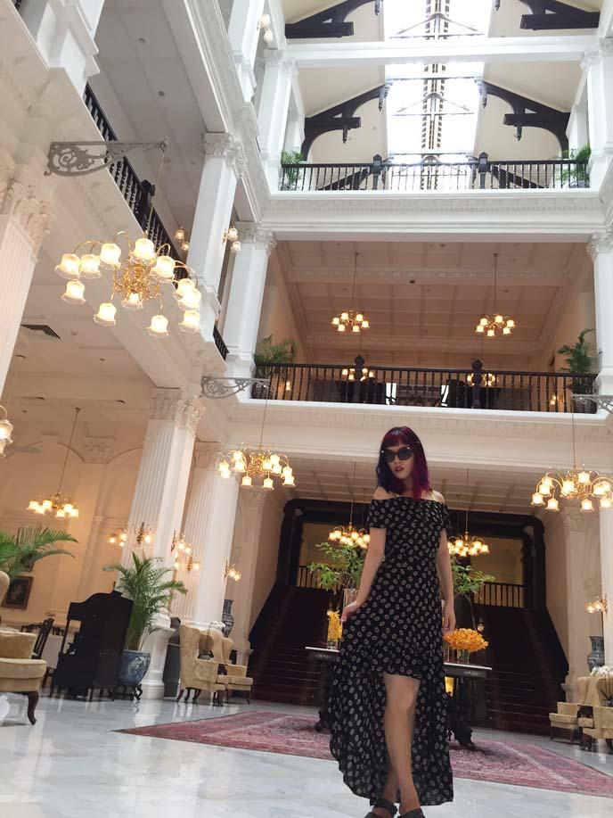 raffles singapore famous hotel lobby