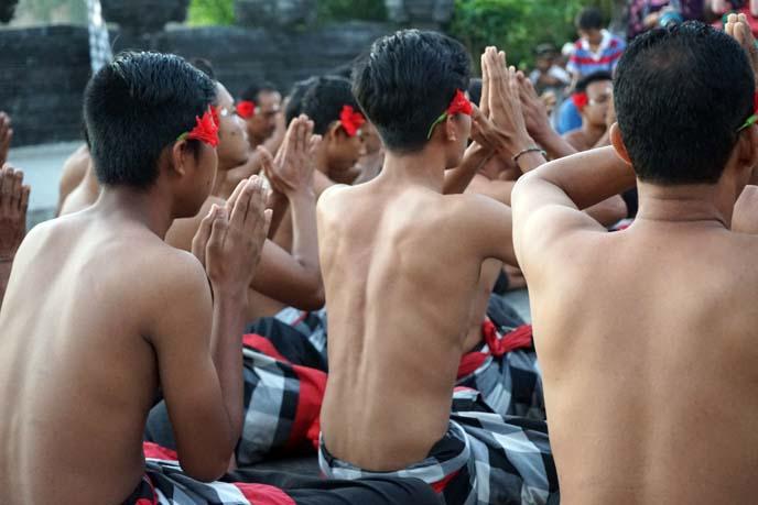 bali prayers, kecek chanting