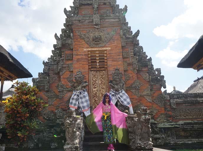 fashion blogger bali temples tour
