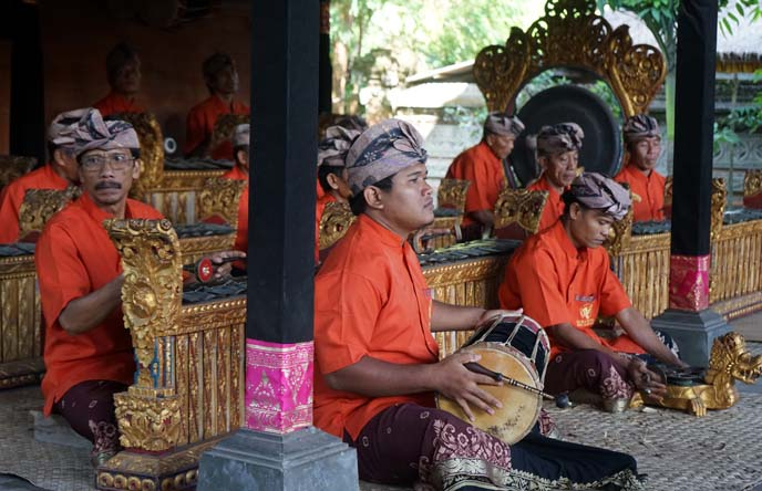 gamelan players, indonesian orchestra