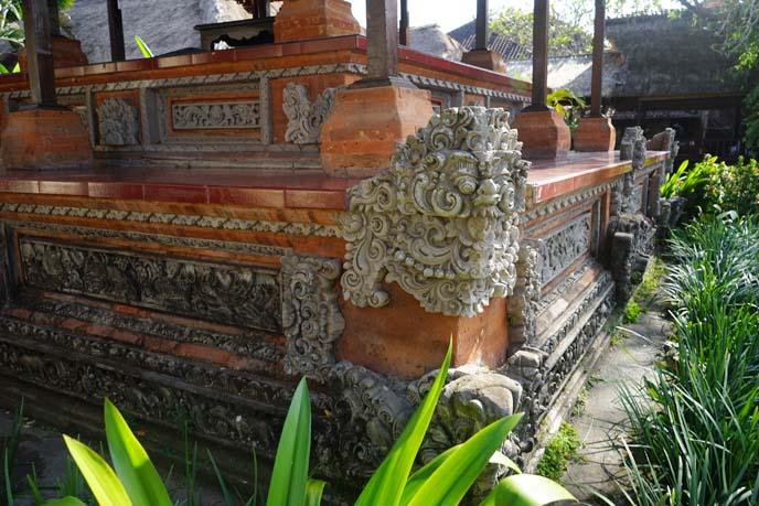 bali stone carvings art