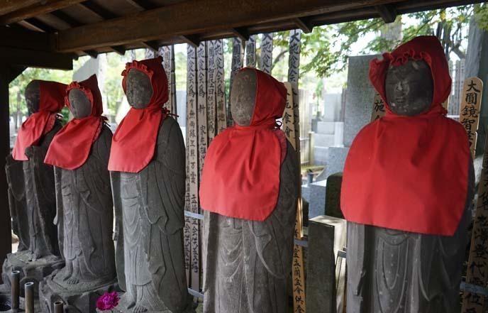 buddhist stone figures