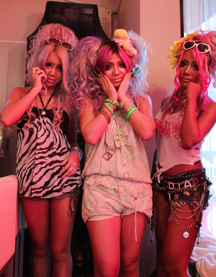 ganguro cafe girls, black diamond gal unit