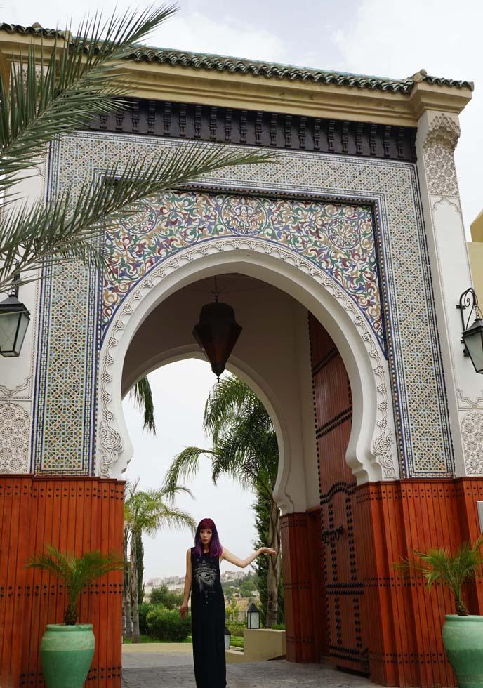 fez morocco archway door