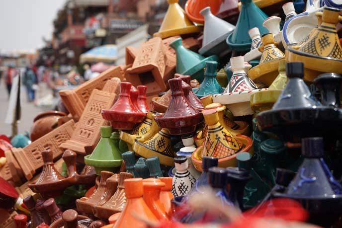 tajines, moroccan pottery