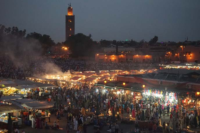 evening Jemaa el Fna, mosque
