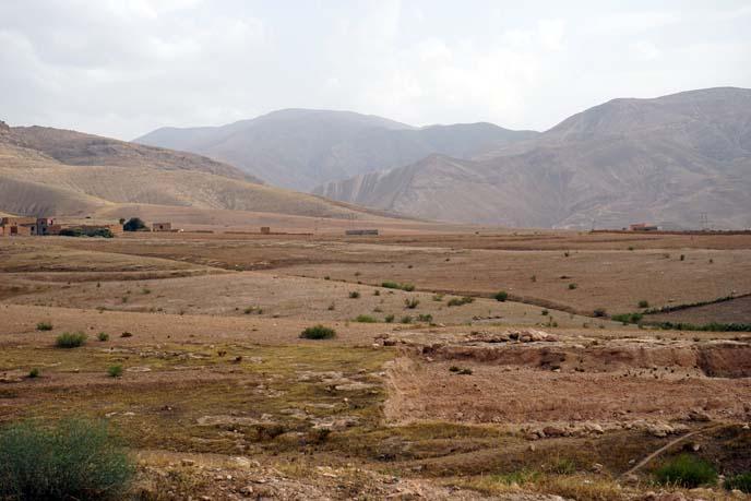 morocco road trip, desert landscape