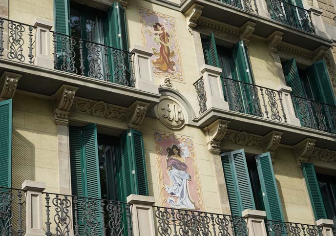 art nouveau buildings, barcelona architecture