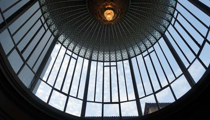 glass rotunda barcelona