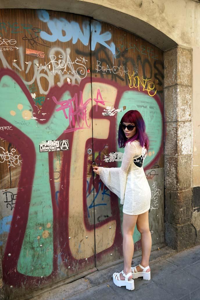 street art murals barcelona spain