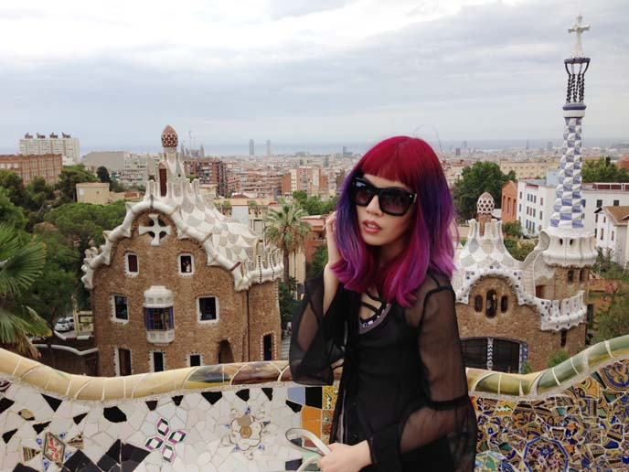 park guell, barcelona fashion blogger