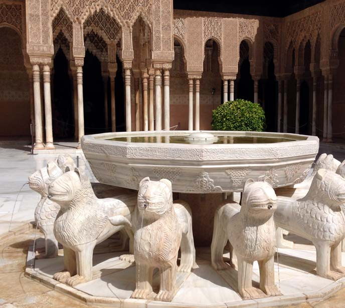 Court of the Lions alhambra fountain