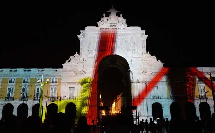 rua augusta arch light projections