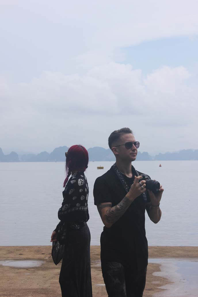 vietnam food tour, tourists with cameras
