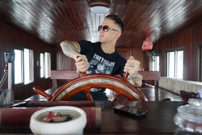 steering pirate boat wheel