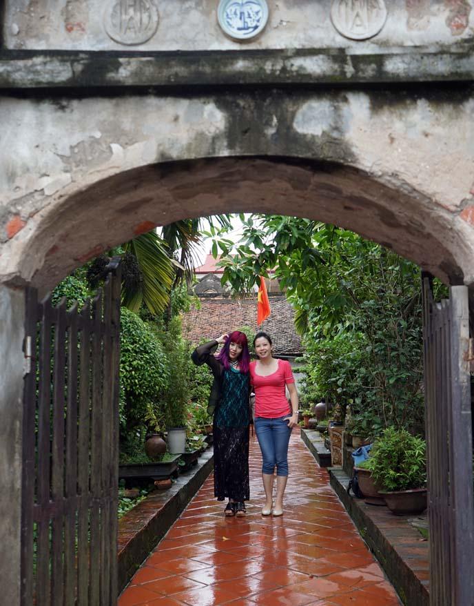 Van Giang village, vietnamese tour guide