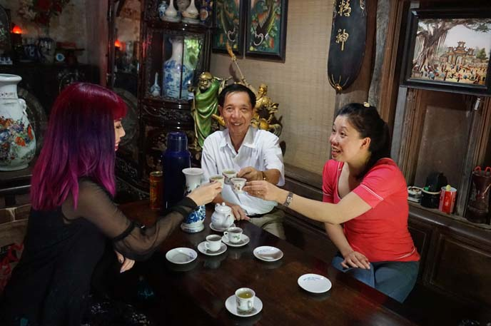 drinking tea vietnam