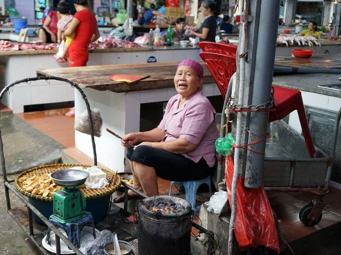 hanoi food tour, market visit