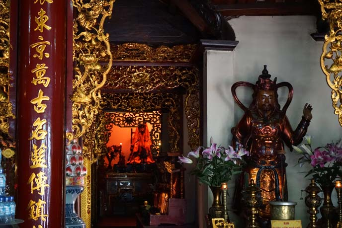 vietnamese buddhist altar