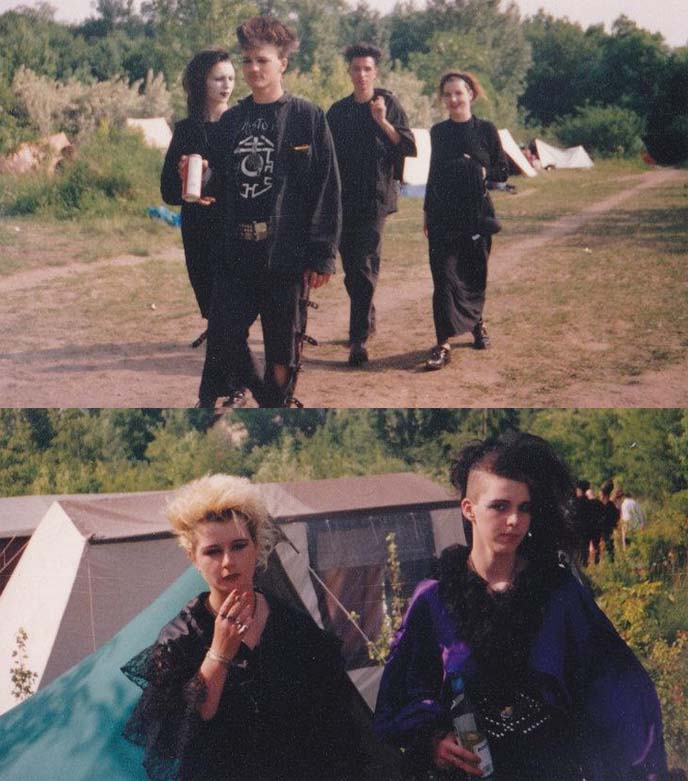90s goth, old school goths
