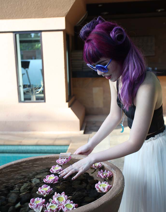 lavender hairstyle, pastel goth hair colour