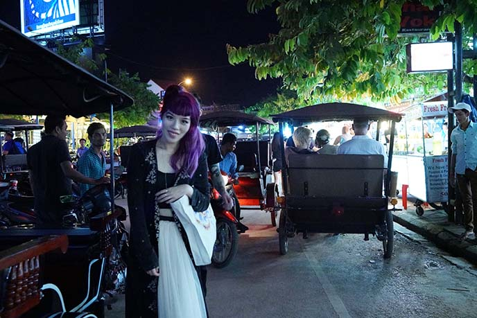 siem reap tuk tuks, nightlife district