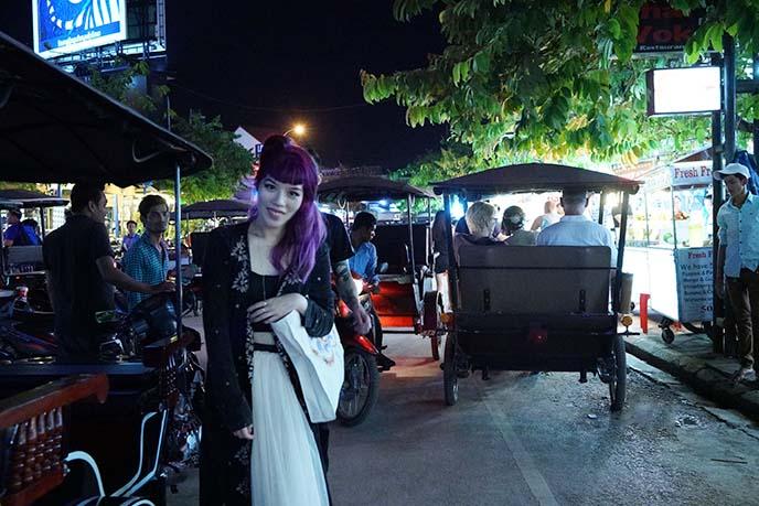 siem reap tuk tuks, nightlife district