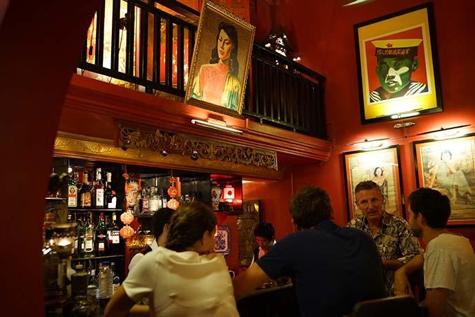 miss wong cocktail bar, chinese decor