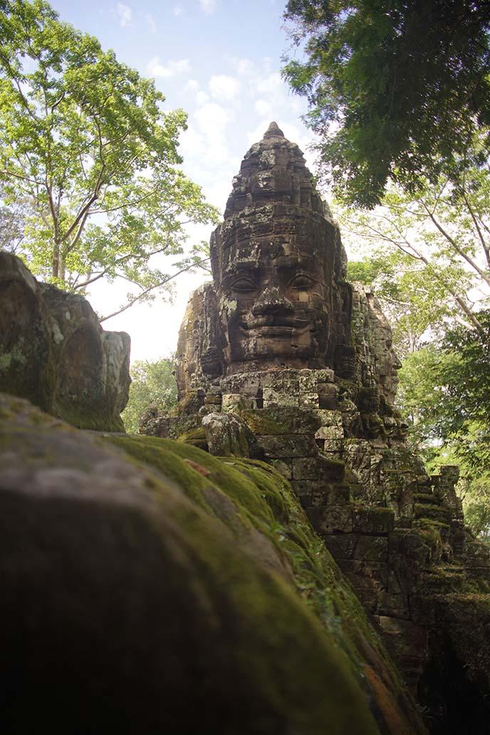 smiling buddha face angkor wat