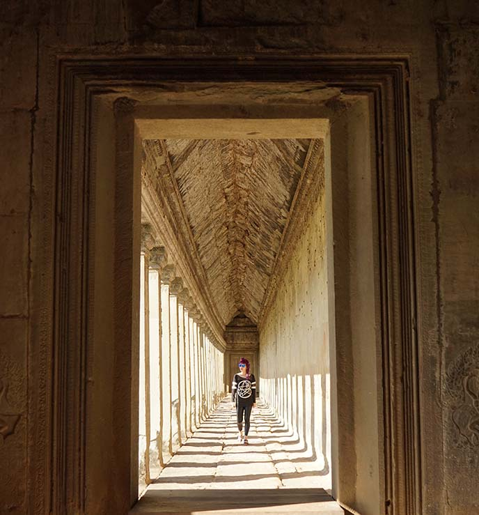angkor wat long hallway light shadow