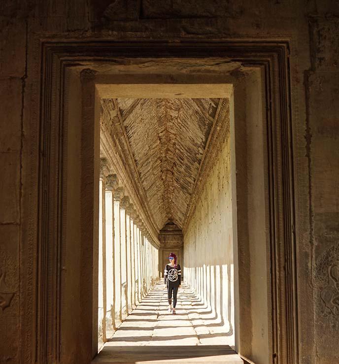 angkor wat long hallway light shadow