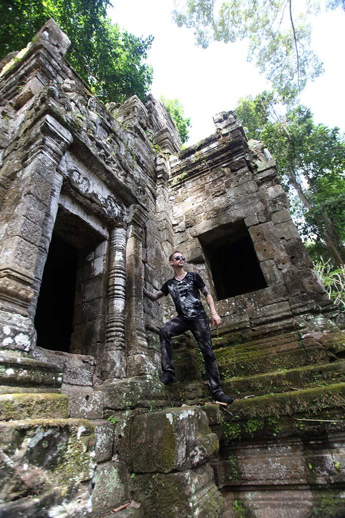 climbing angkor thom