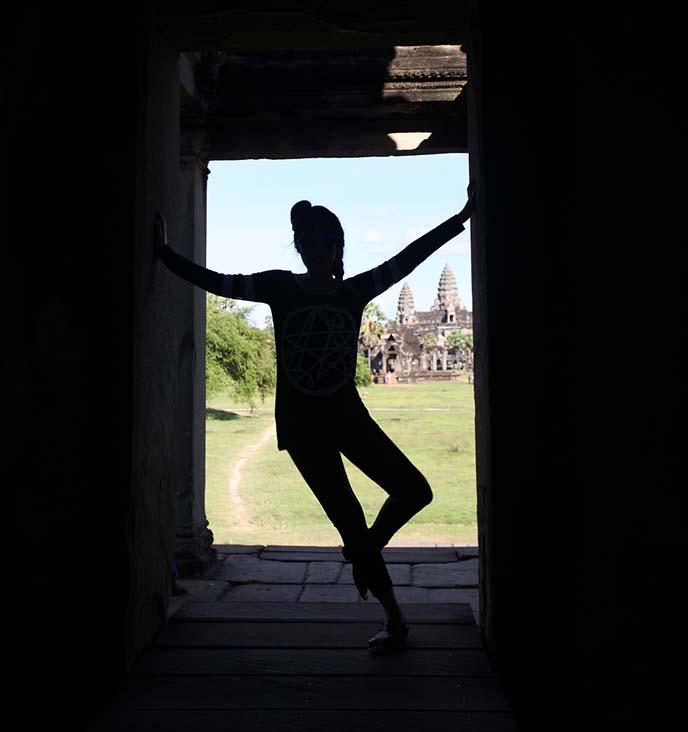 angkor wat hall of dancers