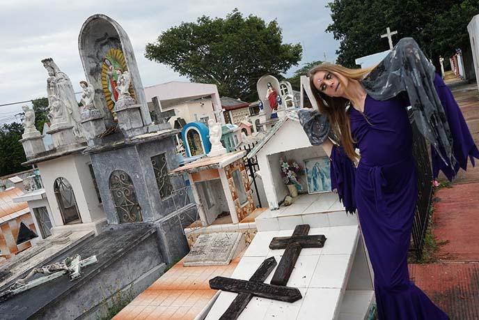 tulum cemetery