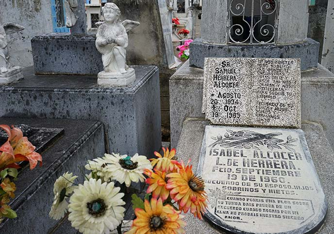 mexico burial rituals