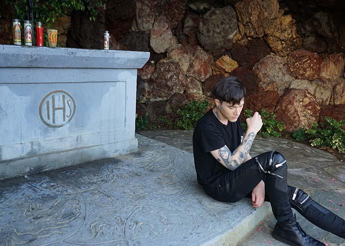 goth boys, tattoos