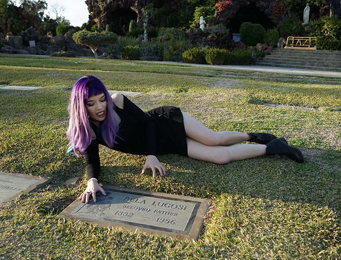 bela lugosi grave, celebrity graves