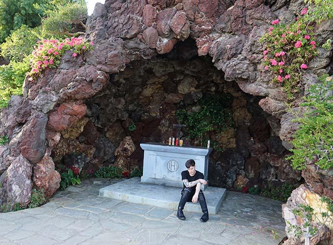Bela Lugosi's Grave: Dracula cemetery in LA! Urban Body Jewelry