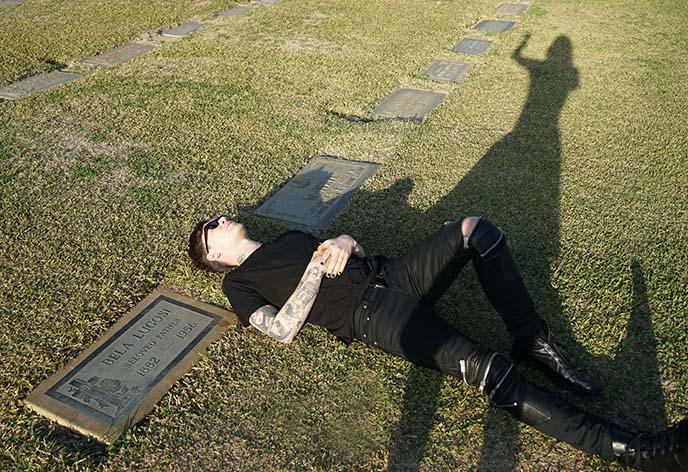bela lugosi cemetery, burial place