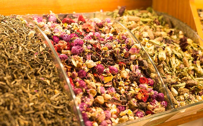 rose tea, spices, istanbul