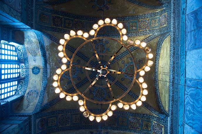 chandeliers lights hagia sophia