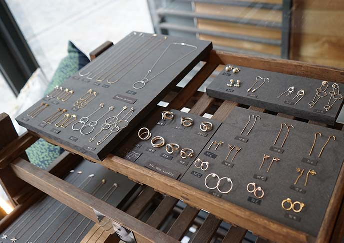 dansaert jewerly accessories