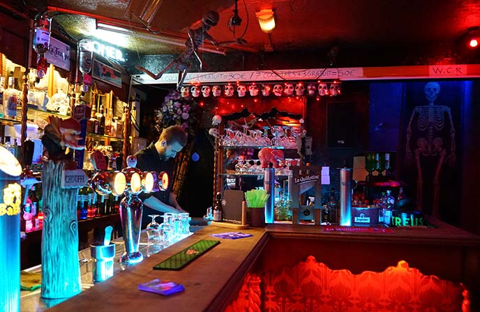 brussels goth bars, clubs